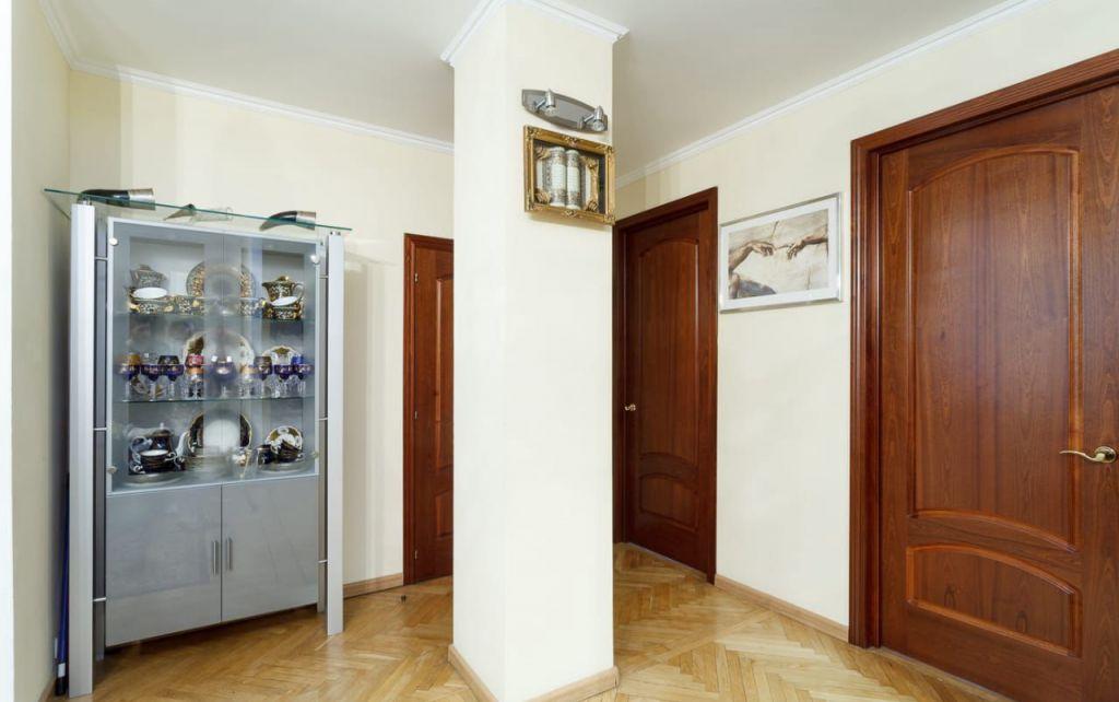 Продажа трёхкомнатной квартиры Москва, метро Тверская, Тверская улица 17, цена 48000000 рублей, 2021 год объявление №267602 на megabaz.ru