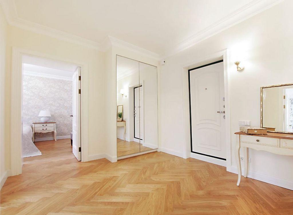 Купить двухкомнатную квартиру в Москве у метро Боровицкая - megabaz.ru