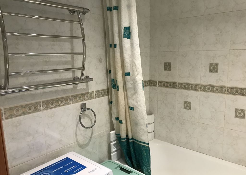 Купить четырёхкомнатную квартиру в Москве у метро Теплый Стан - megabaz.ru