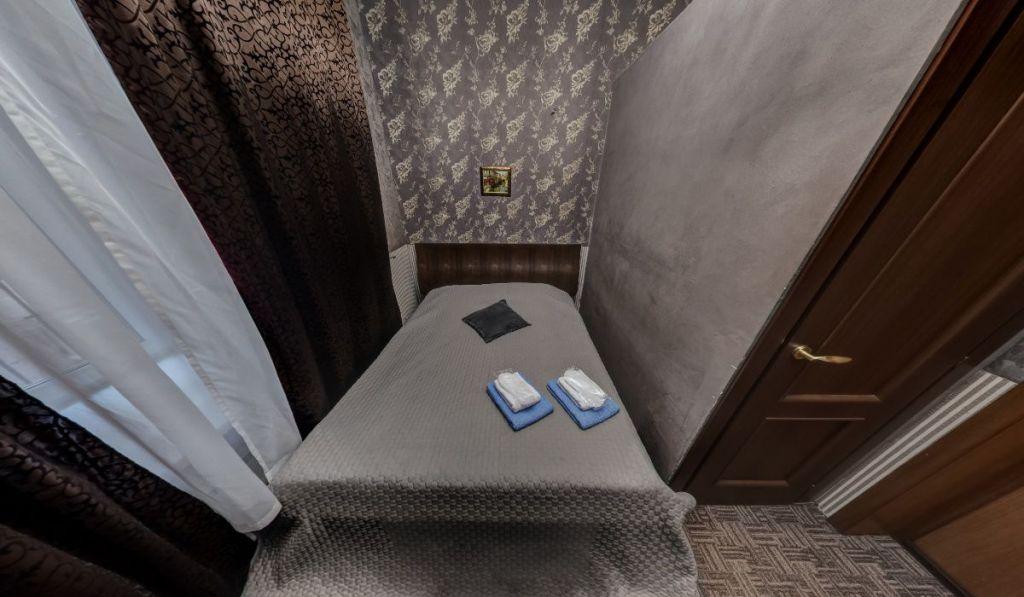Аренда комнаты Москва, метро Тверская, Страстной бульвар 4, цена 4000 рублей, 2021 год объявление №891018 на megabaz.ru