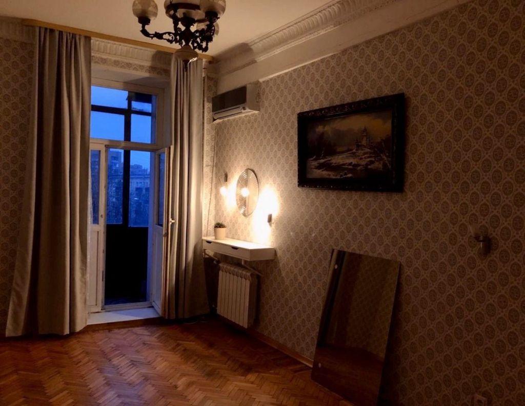 Аренда трёхкомнатной квартиры Москва, метро Выставочная, Стрельбищенский переулок 22, цена 75000 рублей, 2021 год объявление №892161 на megabaz.ru
