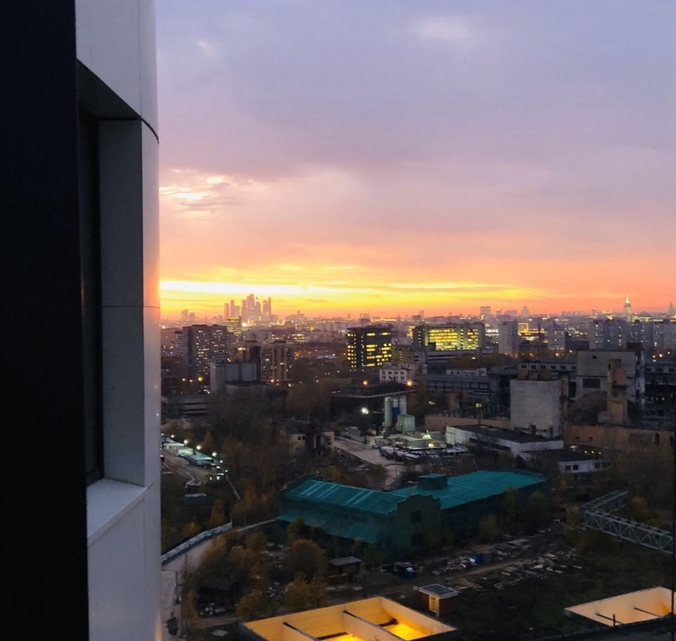 Купить трёхкомнатную квартиру в Москве у метро Авиамоторная - megabaz.ru