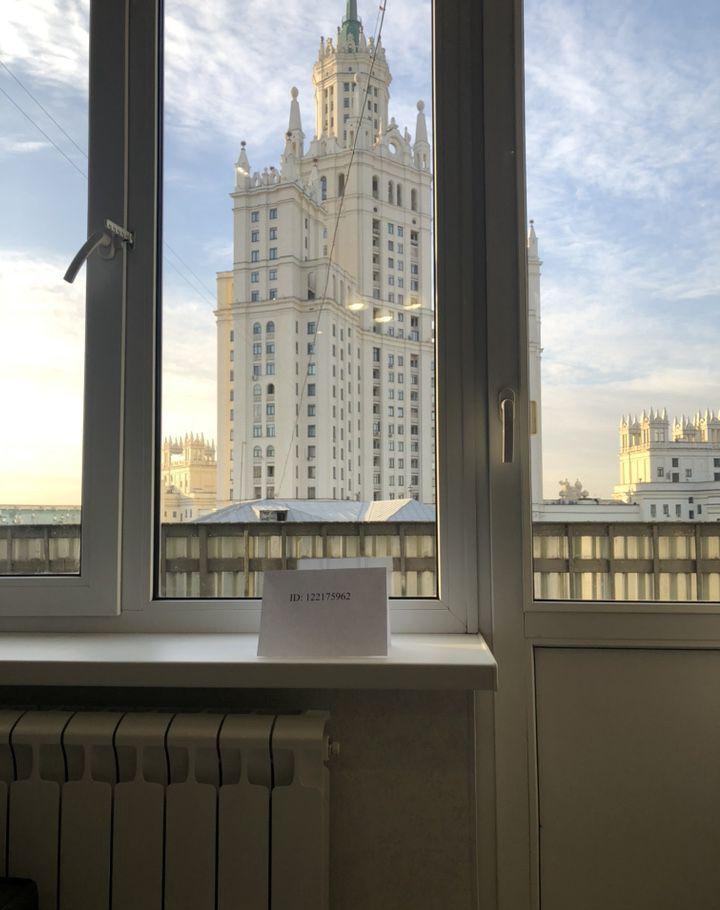 Аренда однокомнатной квартиры Москва, метро Таганская, Яузская улица 6-8с5, цена 2500 рублей, 2021 год объявление №895967 на megabaz.ru