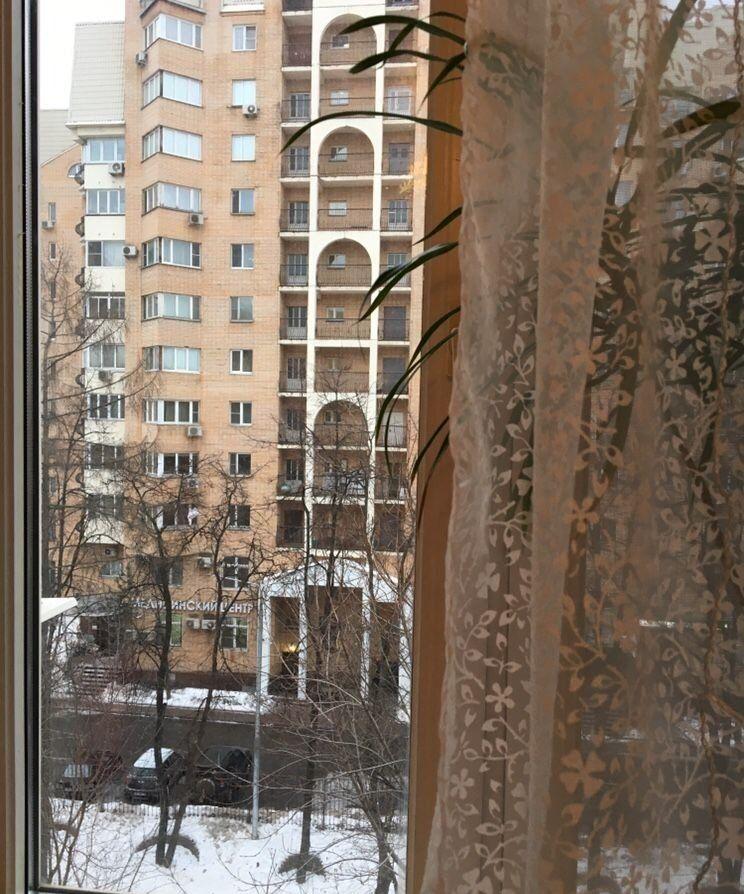 Аренда комнаты Москва, метро Баррикадная, Большая Грузинская улица 20, цена 28000 рублей, 2021 год объявление №897718 на megabaz.ru