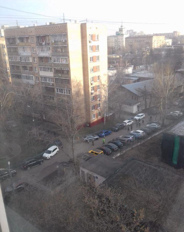 Купить однокомнатную квартиру в Москве у метро Спортивная - megabaz.ru