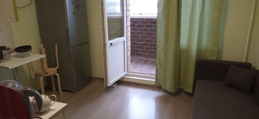 Аренда однокомнатной квартиры поселок Мебельной фабрики, Заречная улица 3, цена 23000 рублей, 2021 год объявление №899444 на megabaz.ru