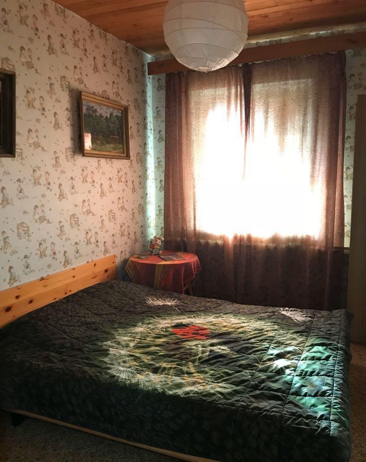 Аренда дома село Ильинское, Набережная улица 34, цена 39000 рублей, 2021 год объявление №905966 на megabaz.ru