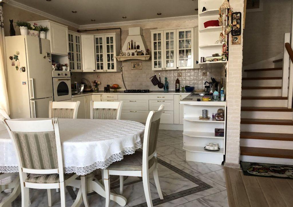 Продажа дома поселок городского типа Загорянский, Теннисная улица, цена 10550000 рублей, 2021 год объявление №282753 на megabaz.ru