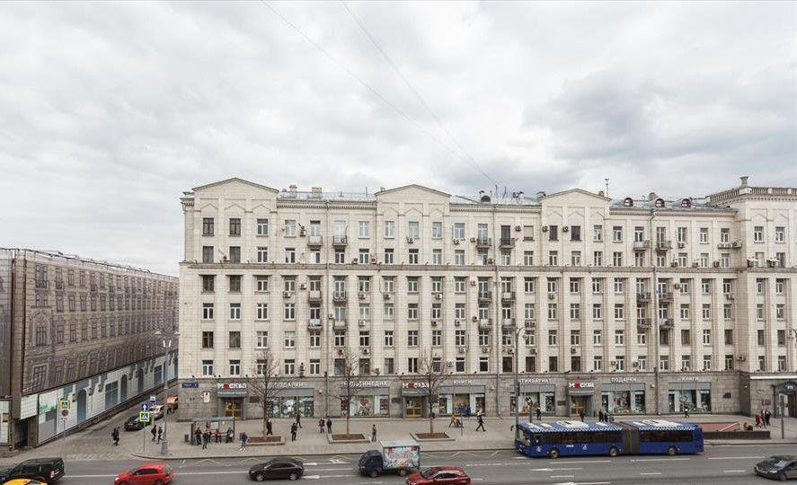 Продажа трёхкомнатной квартиры Москва, метро Тверская, Тверская улица 15, цена 29500000 рублей, 2021 год объявление №287642 на megabaz.ru