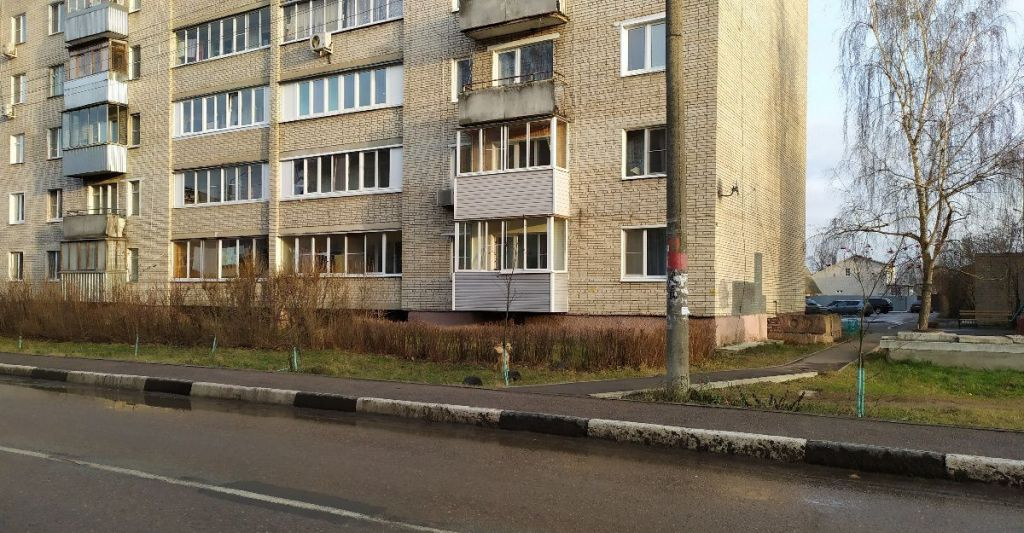 Продажа однокомнатной квартиры поселок городского типа Большие Дворы, улица Текстильщиков 4, цена 1500000 рублей, 2021 год объявление №303356 на megabaz.ru