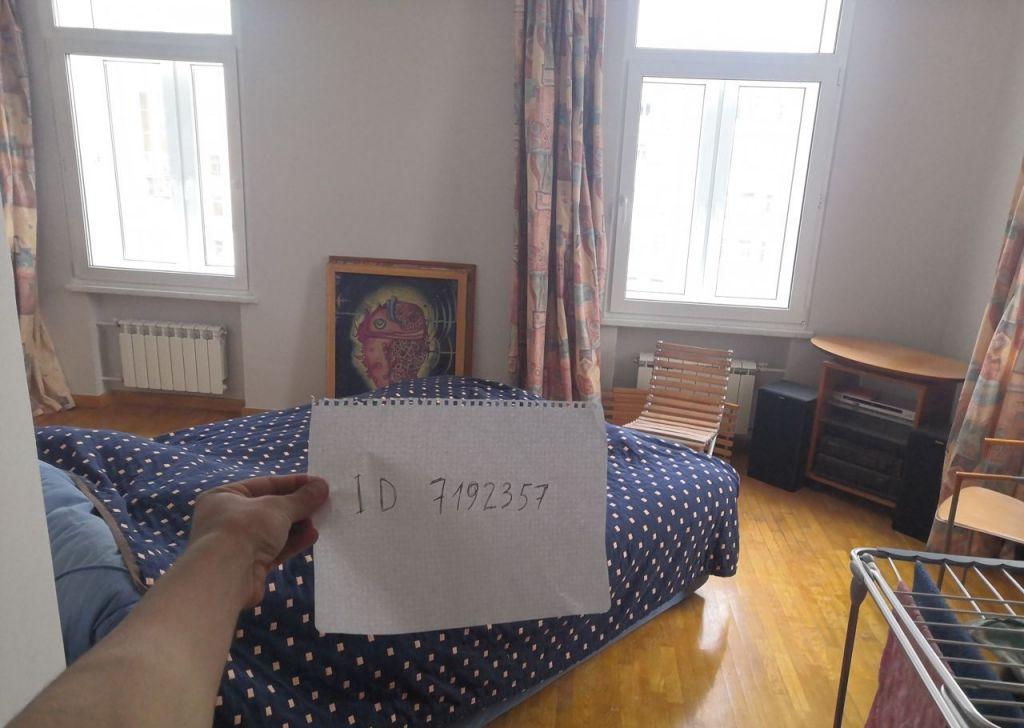 Аренда трёхкомнатной квартиры Москва, метро Боровицкая, Никитский бульвар 7Б, цена 7000 рублей, 2021 год объявление №925382 на megabaz.ru
