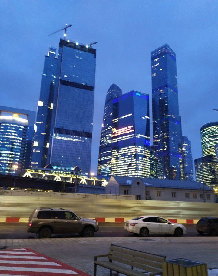 Купить однокомнатную квартиру в Москве у метро Международная - megabaz.ru