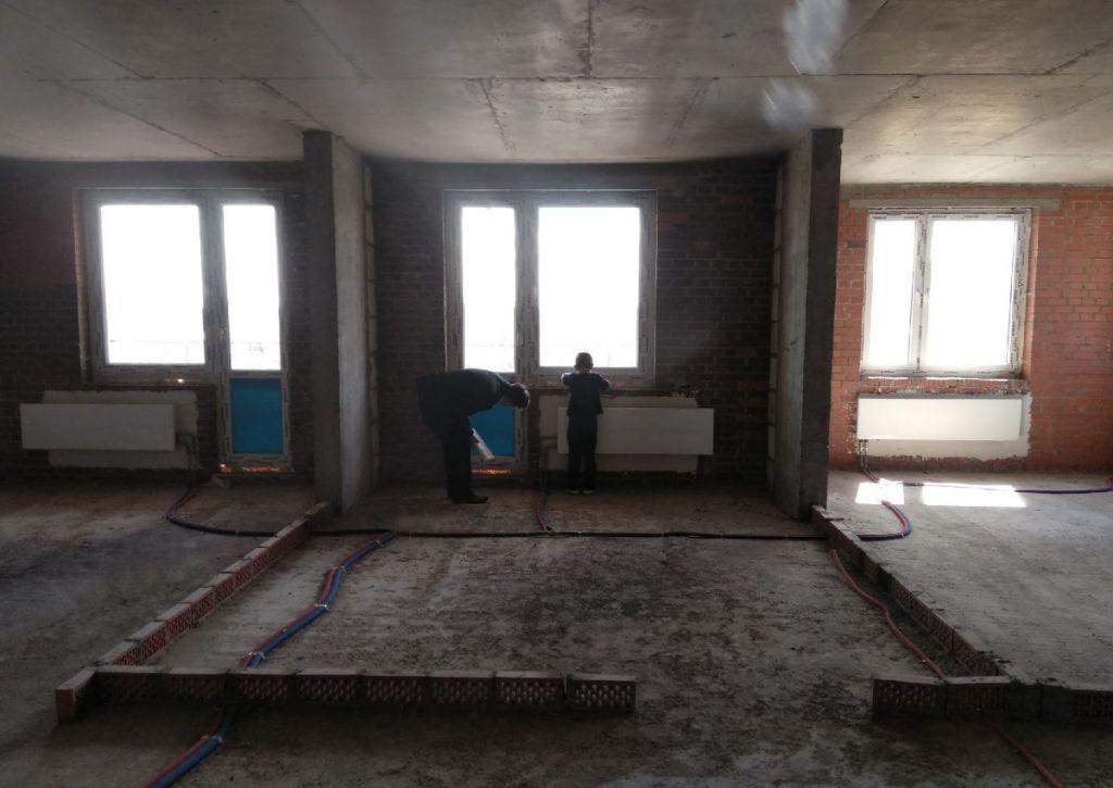 Продажа трёхкомнатной квартиры рабочий посёлок Нахабино, Покровская улица 5к1, цена 6000000 рублей, 2021 год объявление №315721 на megabaz.ru