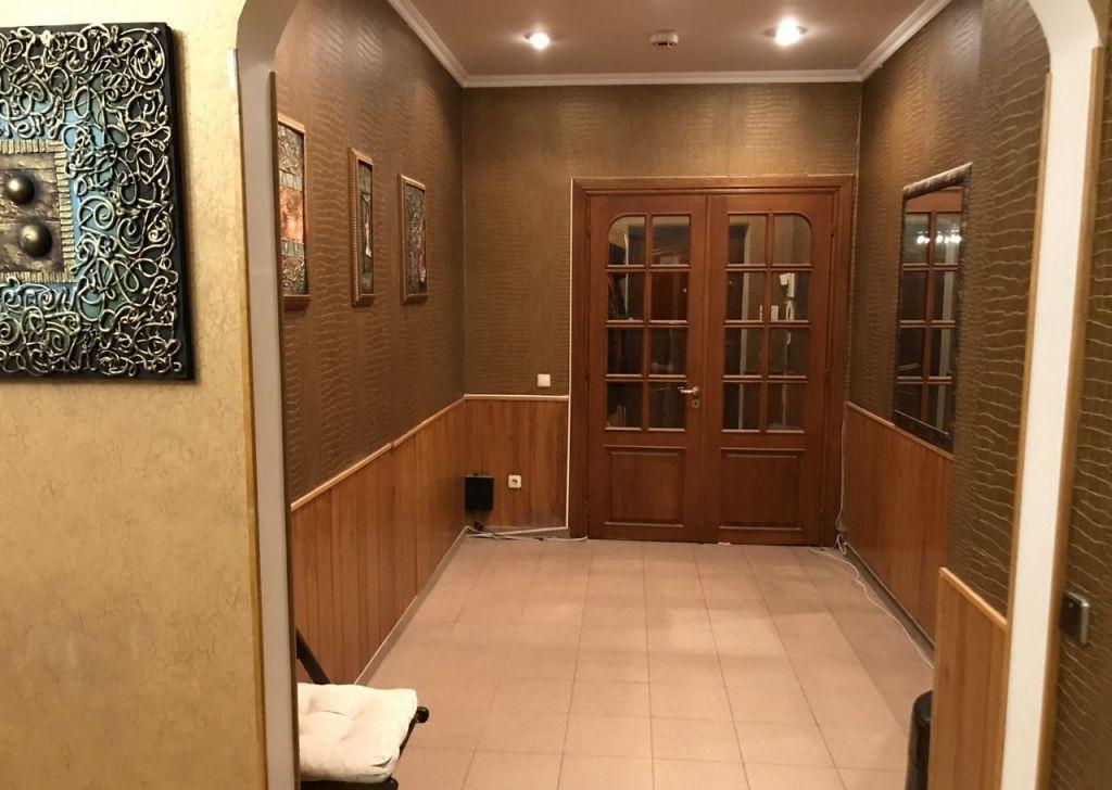 Купить трёхкомнатную квартиру в Москве у метро Спортивная - megabaz.ru