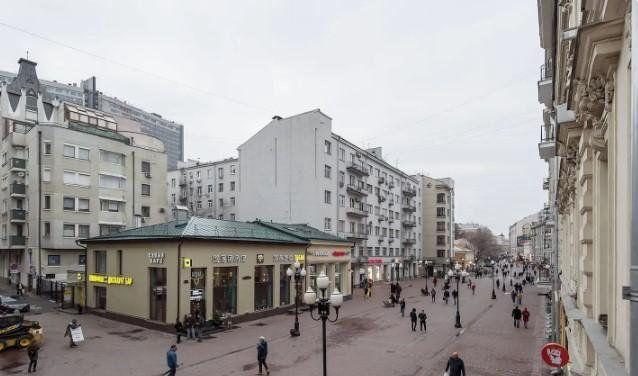 Аренда однокомнатной квартиры Москва, метро Баррикадная, улица Новый Арбат, цена 70000 рублей, 2021 год объявление №953559 на megabaz.ru