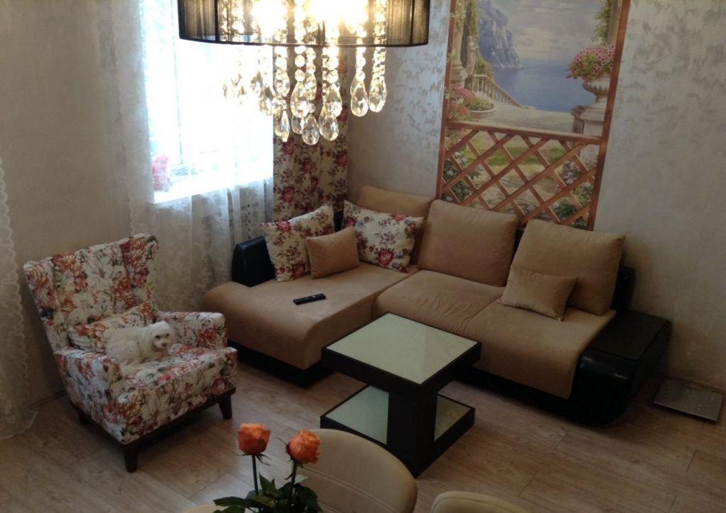 Аренда трёхкомнатной квартиры поселок Поведники, Рябиновая улица, цена 60000 рублей, 2021 год объявление №954467 на megabaz.ru