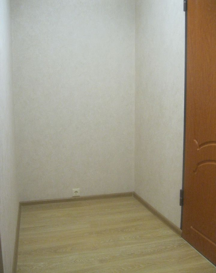 Продажа однокомнатной квартиры поселок Реммаш, Школьная улица 16, цена 1800000 рублей, 2021 год объявление №327575 на megabaz.ru