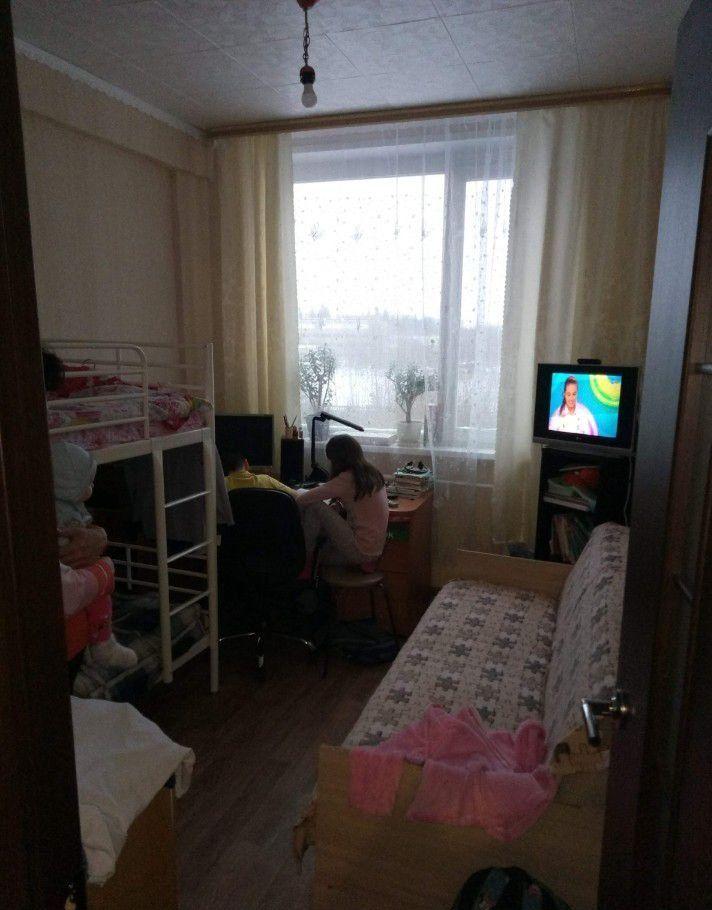Продажа двухкомнатной квартиры рабочий поселок Оболенск, улица Строителей 3, цена 1900000 рублей, 2021 год объявление №328175 на megabaz.ru