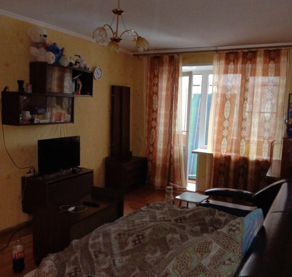 Аренда однокомнатной квартиры поселок Поведники, цена 2000 рублей, 2021 год объявление №956723 на megabaz.ru