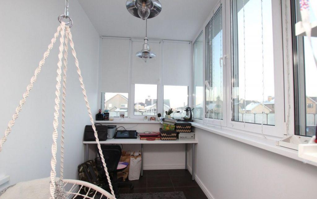 Аренда трёхкомнатной квартиры поселок Вешки, Лиственная улица 1, цена 110000 рублей, 2021 год объявление №957140 на megabaz.ru