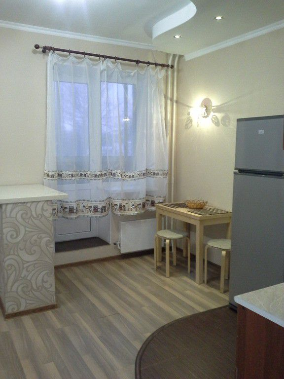 Аренда однокомнатной квартиры поселок городского типа Свердловский, цена 17000 рублей, 2020 год объявление №350410 на megabaz.ru