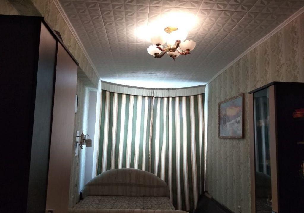 Продажа двухкомнатной квартиры рабочий поселок Оболенск, улица Строителей 3, цена 2100000 рублей, 2021 год объявление №332019 на megabaz.ru