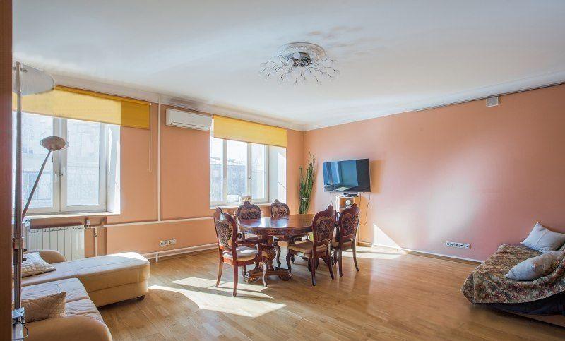 Продажа четырёхкомнатной квартиры Москва, метро Цветной бульвар, Большой Каретный переулок 17с2, цена 29899000 рублей, 2020 год объявление №332261 на megabaz.ru