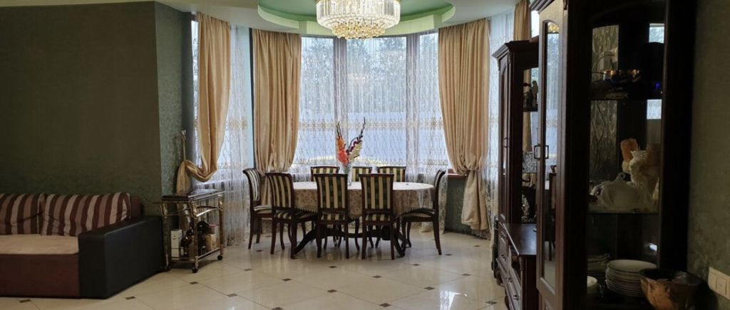 Аренда дома село Ям, Западная улица 50, цена 180000 рублей, 2021 год объявление №968914 на megabaz.ru