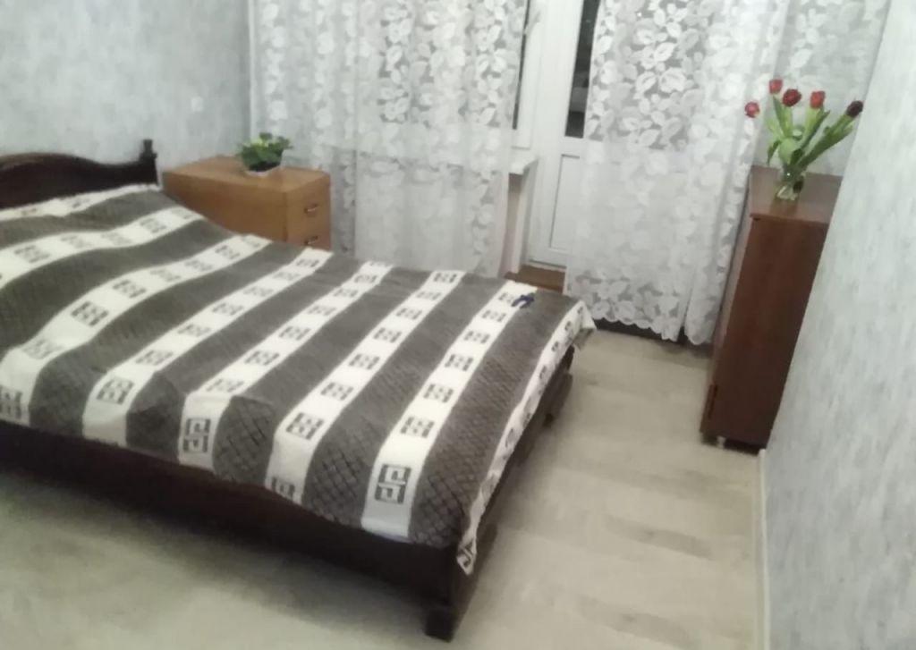 Аренда двухкомнатной квартиры село Ям, Морская улица 10, цена 18000 рублей, 2021 год объявление №973241 на megabaz.ru