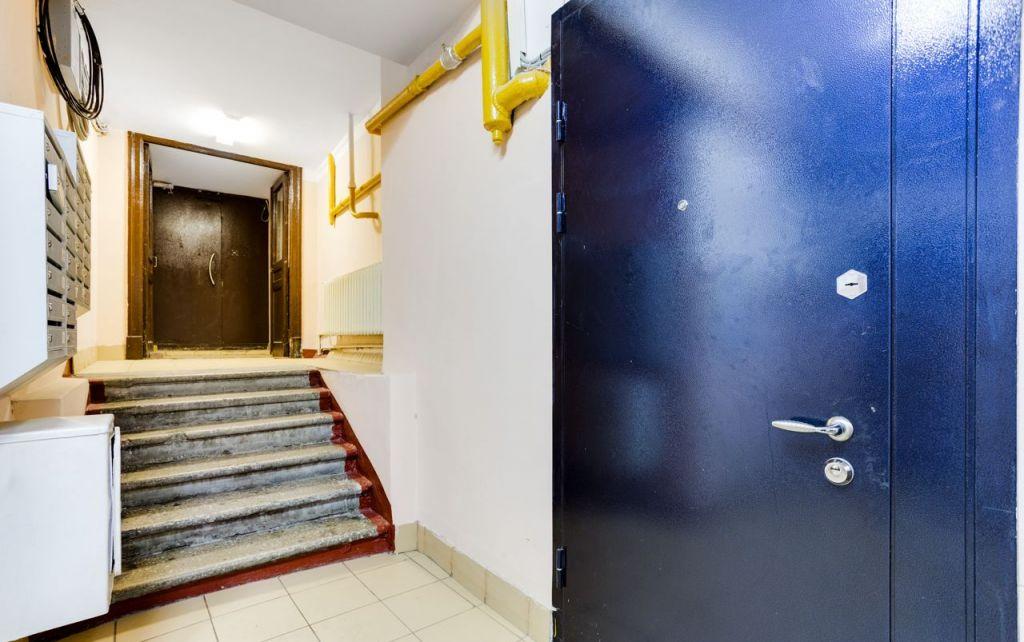Аренда комнаты Москва, метро Арбатская, Средний Кисловский переулок 7/10, цена 29999 рублей, 2021 год объявление №980108 на megabaz.ru