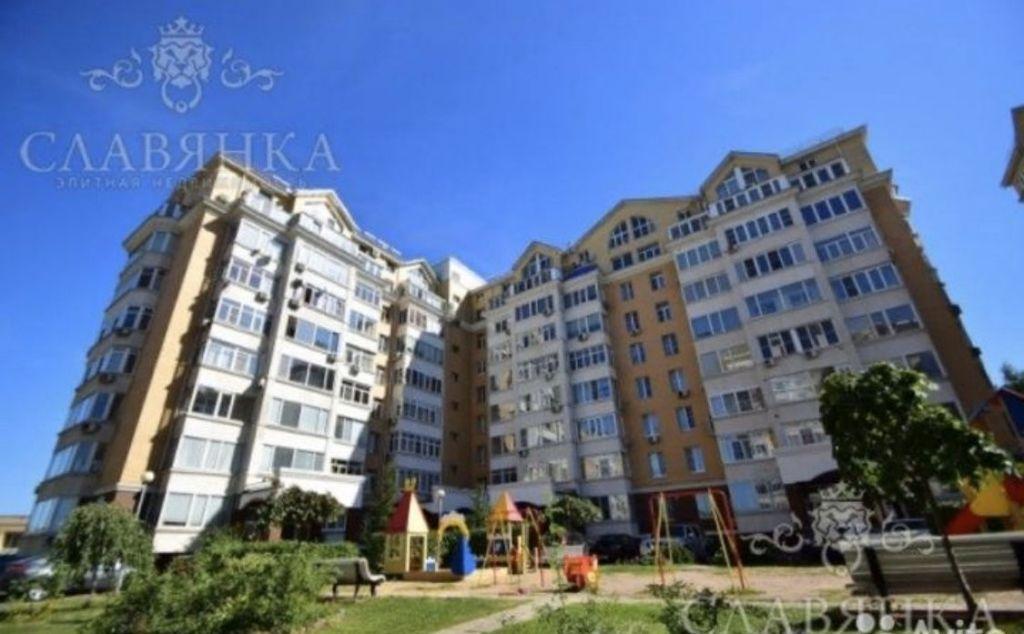 Аренда двухкомнатной квартиры рабочий посёлок Заречье, Университетская улица 3, цена 63000 рублей, 2021 год объявление №982635 на megabaz.ru