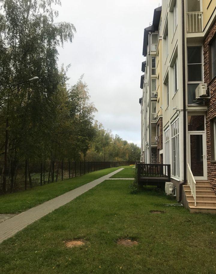 Аренда однокомнатной квартиры поселок Вешки, Лиственная улица 1, цена 45000 рублей, 2021 год объявление №985579 на megabaz.ru