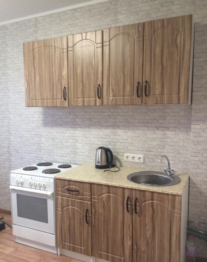 Аренда однокомнатной квартиры поселок Аничково, цена 14000 рублей, 2021 год объявление №990681 на megabaz.ru