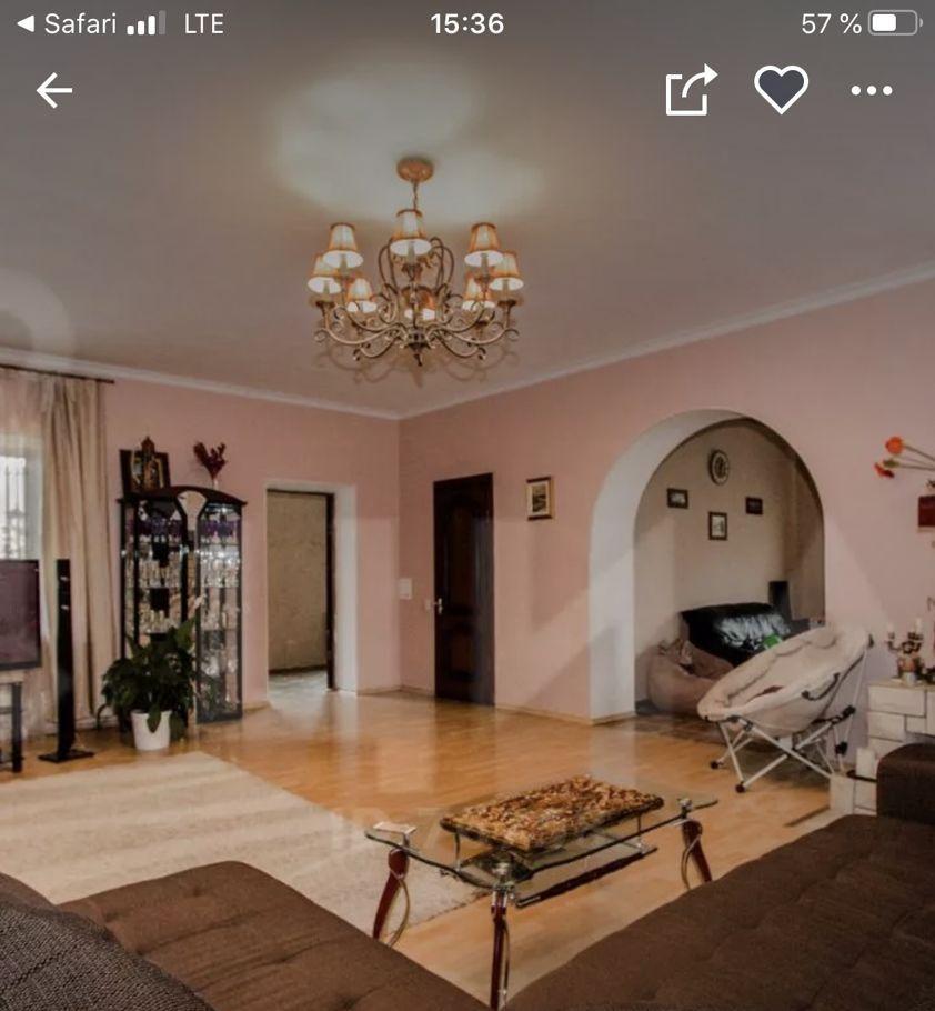 Аренда дома село Ильинское, Колхозная улица, цена 95000 рублей, 2021 год объявление №992097 на megabaz.ru