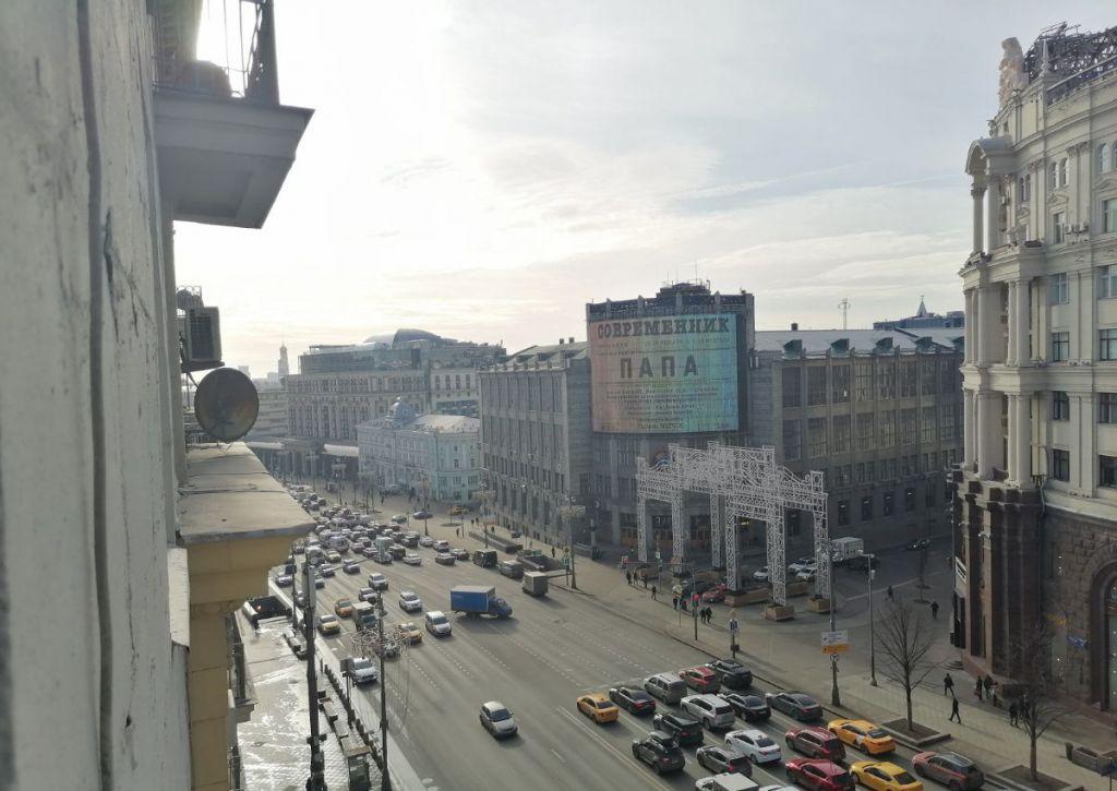Аренда двухкомнатной квартиры Москва, метро Театральная, Тверская улица 6с1, цена 2500 рублей, 2020 год объявление №993203 на megabaz.ru
