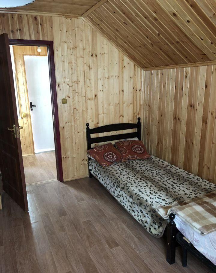 Аренда дома поселок городского типа Загорянский, Теннисная улица, цена 15000 рублей, 2021 год объявление №994852 на megabaz.ru