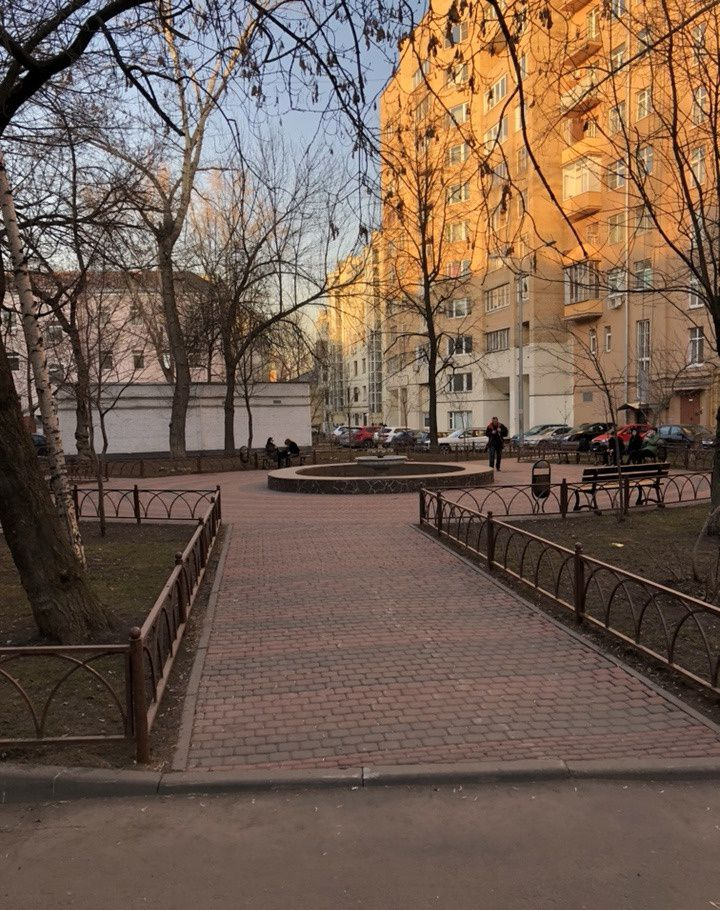 Аренда однокомнатной квартиры Москва, метро Чистые пруды, улица Чаплыгина 15с5, цена 70000 рублей, 2021 год объявление №707826 на megabaz.ru