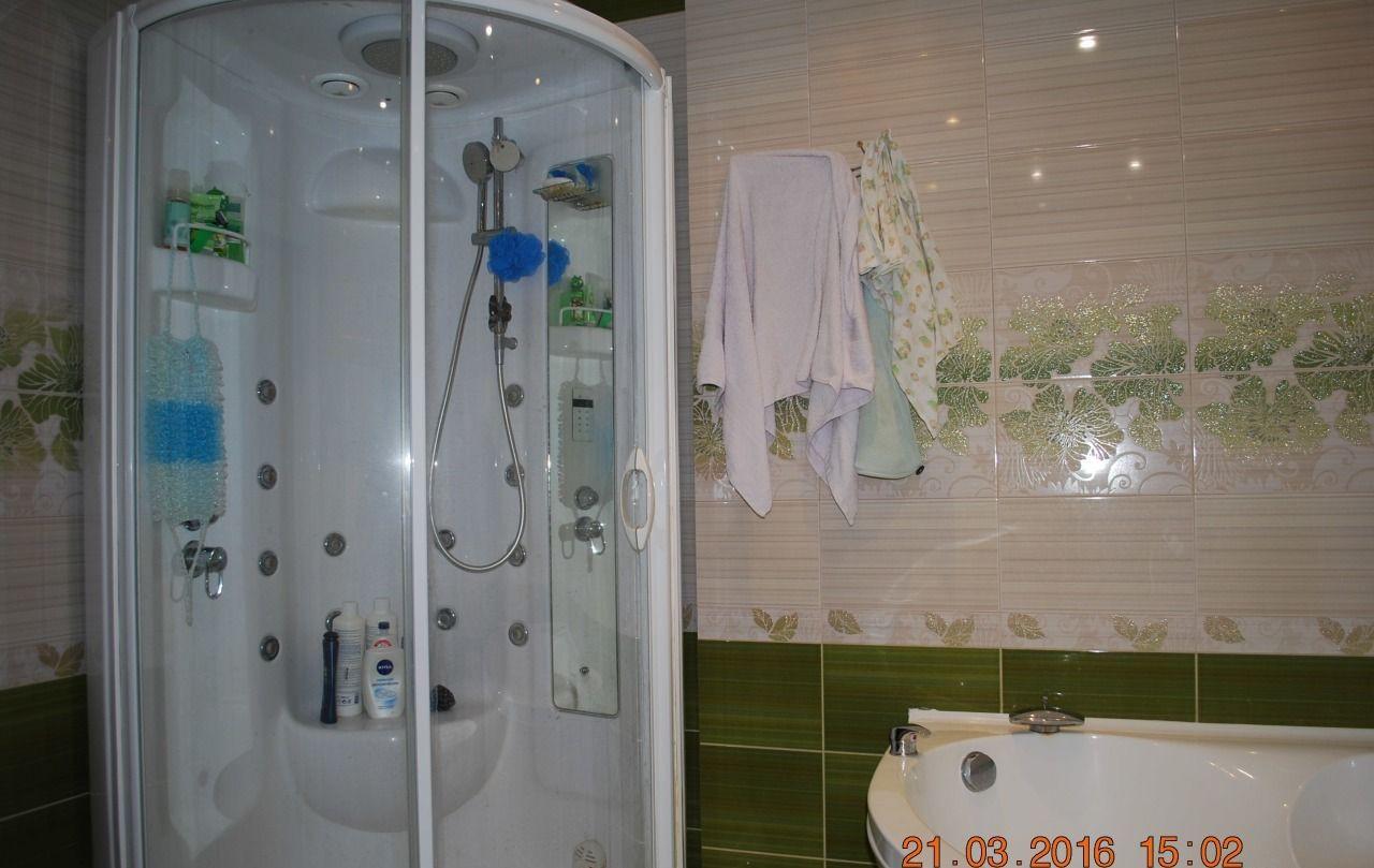 Продажа двухкомнатной квартиры поселок городского типа Октябрьский, цена 6500000 рублей, 2021 год объявление №46553 на megabaz.ru