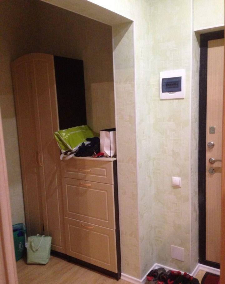 Продажа однокомнатной квартиры поселок городского типа Октябрьский, Школьная улица 1, цена 4000000 рублей, 2021 год объявление №47178 на megabaz.ru