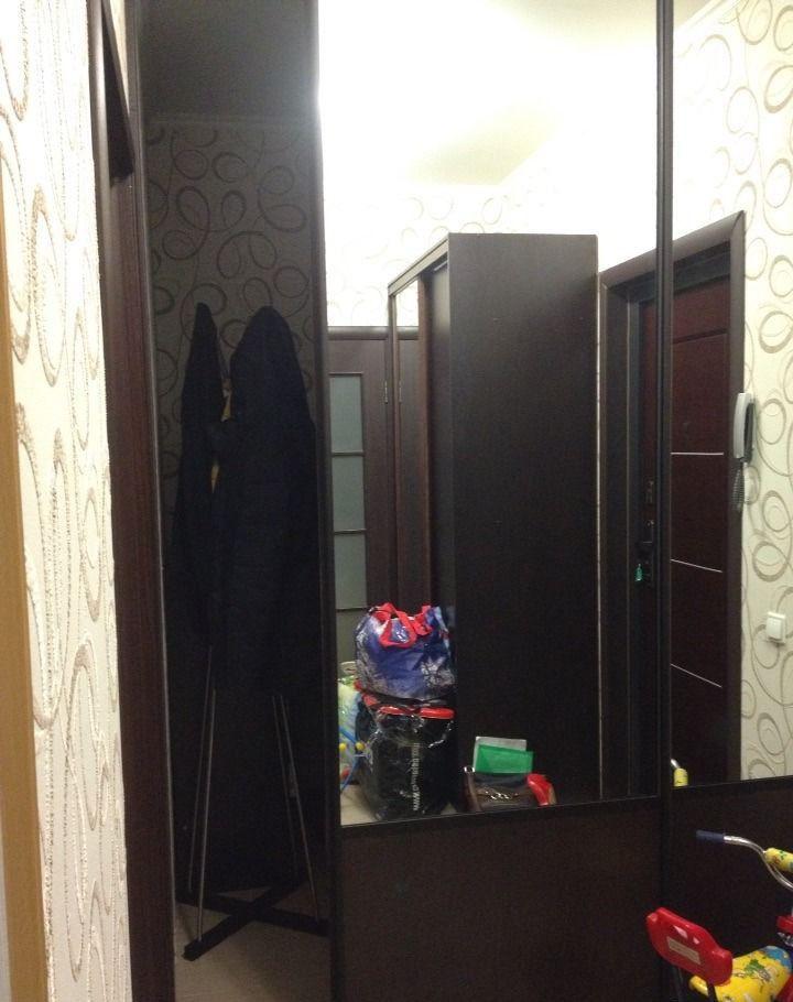 Аренда однокомнатной квартиры поселок городского типа Октябрьский, улица Текстильщиков 7Б, цена 25000 рублей, 2021 год объявление №393072 на megabaz.ru