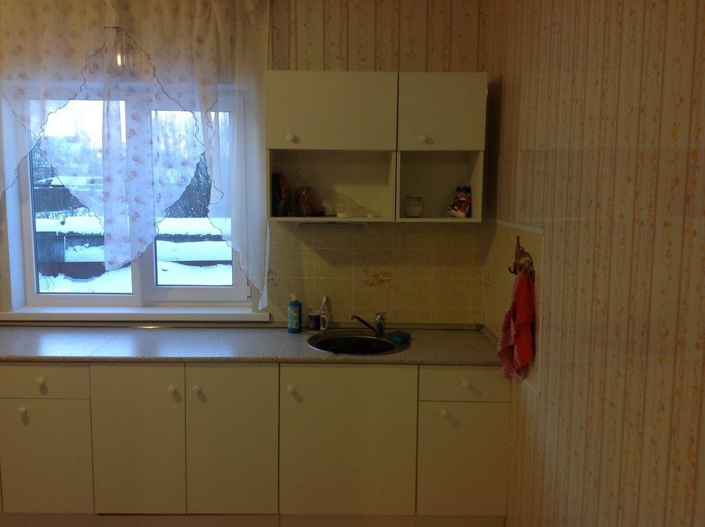 Аренда комнаты поселок городского типа Нахабино, Лесная улица, цена 17000 рублей, 2020 год объявление №395326 на megabaz.ru