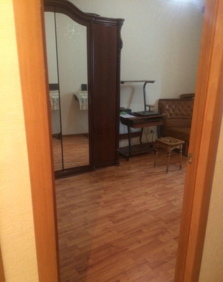 Купить четырёхкомнатную квартиру в Поселке володарского - megabaz.ru