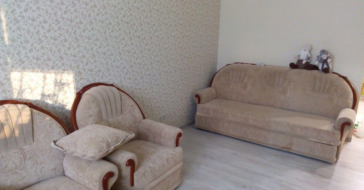 Аренда однокомнатной квартиры поселок городского типа Октябрьский, цена 25000 рублей, 2020 год объявление №408245 на megabaz.ru