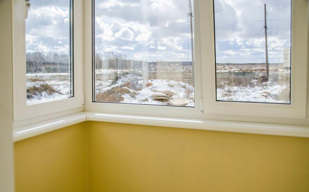 Продажа трёхкомнатной квартиры деревня Чёрная, метро Тушинская, Садовая улица 12, цена 7600000 рублей, 2021 год объявление №60201 на megabaz.ru