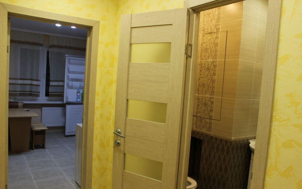 Аренда однокомнатной квартиры поселок городского типа Октябрьский, цена 23000 рублей, 2020 год объявление №421783 на megabaz.ru